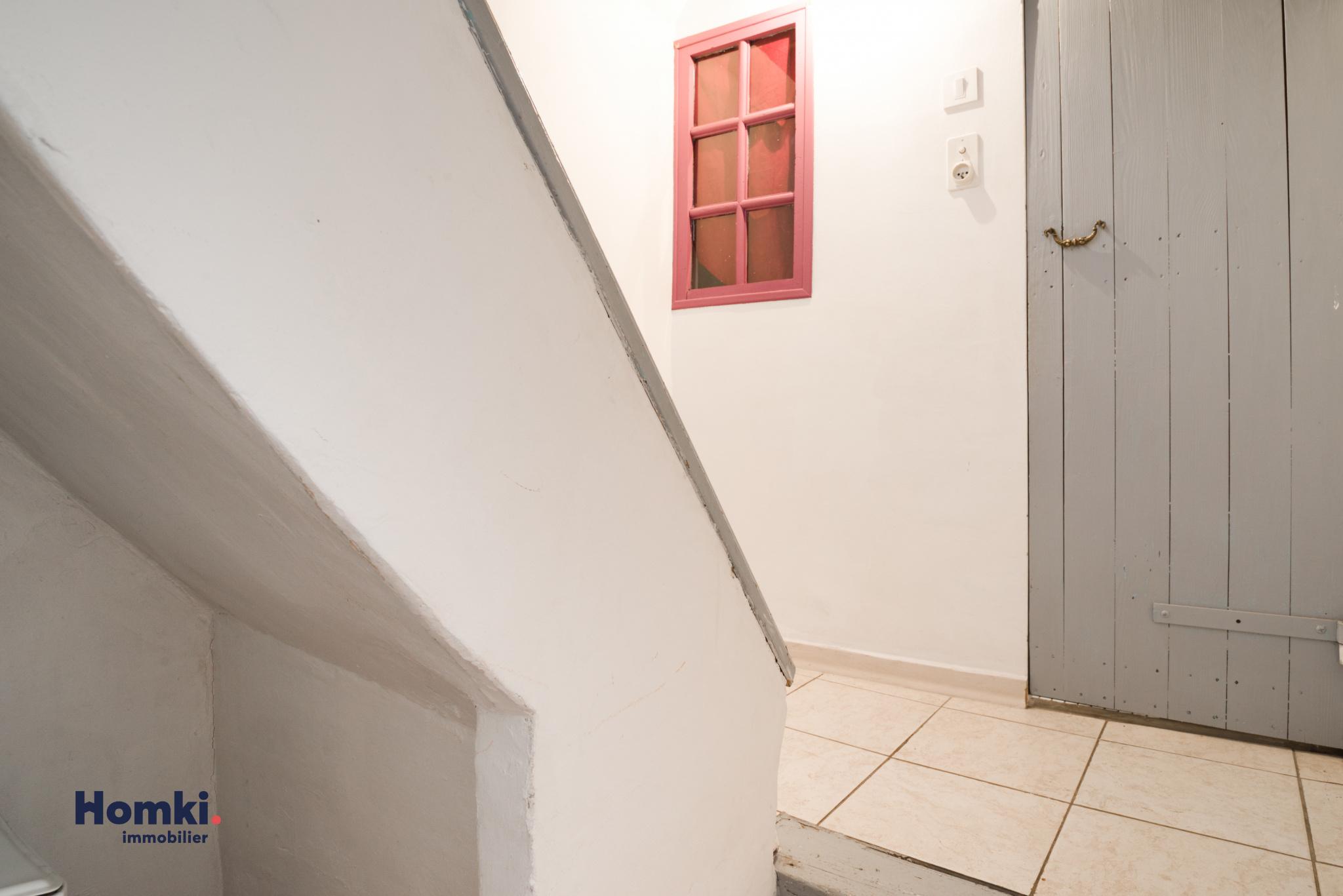 Homki - Vente immeuble  de 200.0 m² à manosque 04100